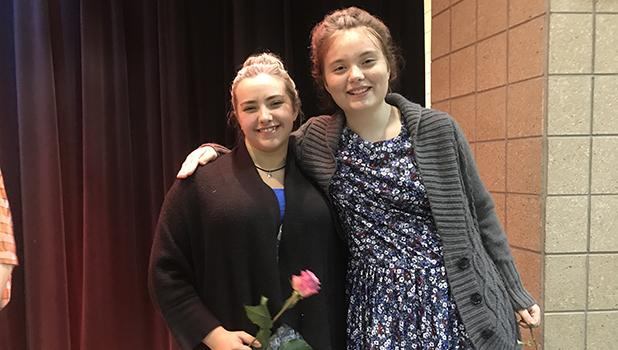 Savanna Rankin and Danika Harmon played sisters Effie and Ellie Crabtree. The sisters did not agree with each other most of the time.
